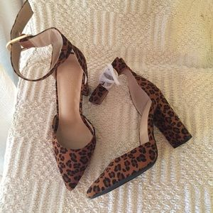 Charlotte Russe Blair Ankle Buckle Strap Shoes 8